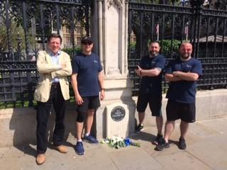 RHS Sec, PC Darren Saunders, PS Darren Laurie, PC Mick Gibson